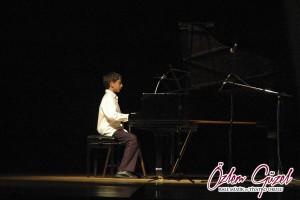 2008muzikresitali 11