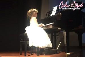 2017 Ozlem Guzel Muzik Resitali 003